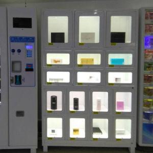 Cellule Armoire Poupée Silicone blonde Sexe distributeur avec casiers de la machine
