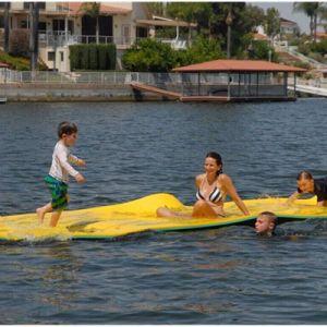 Foldable XPE浮遊水マットのプールの浮遊マット
