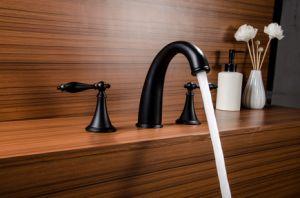 2018 Salle de bains d'eau froide du robinet de lavage salle de douche seule poignée en laiton plaque Chrome Bain lavabo cascade du bassin du robinet mélangeur