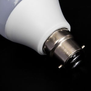A70 15W B22の屋内照明LEDランプの省エネの球根