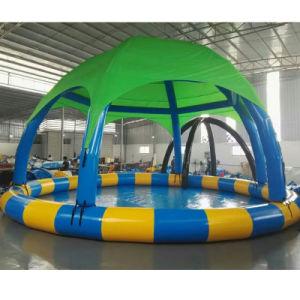 Parque acuático cubierto piscina juegos inflables de lona o una bola foso con carpa