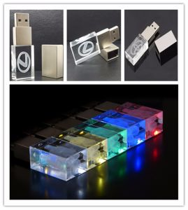 電子工学新しいカスタムガラスUSB駆動機構の白色光USB 3Dのロゴ8GB Pendrive