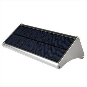 太陽レーダーセンサーLEDの壁ライト防水IP65屋外の太陽ランプ
