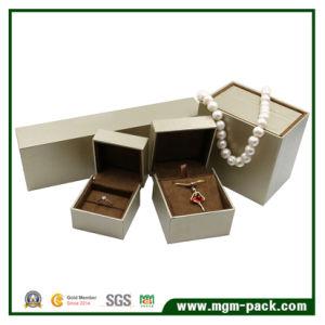Venda por grosso de design criativo Caixa de jóias de plástico