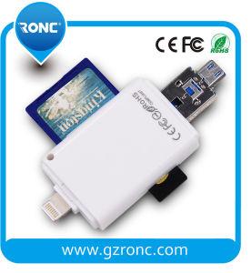 С помощью устройства считывания карт памяти SD TF карты для мобильного телефона