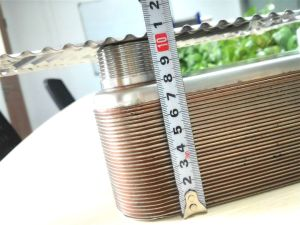 증발기와 콘덴서를 위한 놋쇠로 만들어진 격판덮개 열교환기