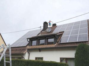Turbina di vento del Ce 400W Magle con il progetto della casa del comitato solare