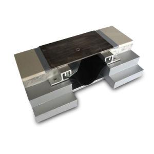 실란트 구멍 메우기를 가진 대리석 지면 금속 팽창 이음 표지판