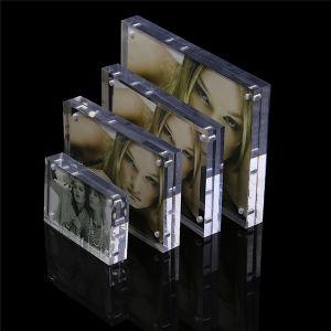 カスタマイズされた明確な磁気アクリルの写真は5X7額縁を組み立てる