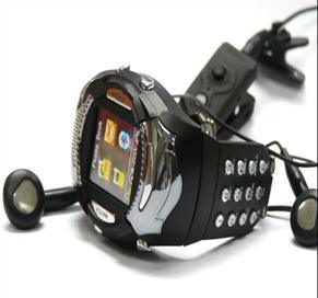Uhr-Telefon mit Tastatur---V2