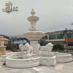 Jardin grande piscine de l'eau des fontaines statue en marbre femelle lion