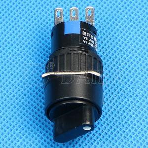 3pinノブのセレクタの3A 250VACはスイッチ押しを回す