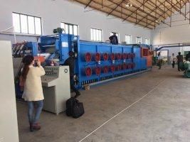 長いサイズのゴム製シートの冷却機械