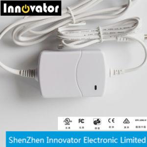 La eficiencia de 1,25 a 12V 15W AC Adaptador DC Adaptador de Corriente con luz LED de escritorio