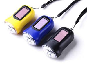 Accueil En plein air 3 LED Lampe torche dynamo Manivelle de la lampe de poche solaire rechargeable