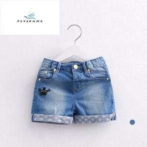 Shorts sottili del denim di nuovo di stile svago caldo di vendita per le ragazze dai jeans della mosca