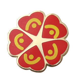 昇進の安い鉄のカスタム装飾の金によってめっきされる花のバッジ(062)