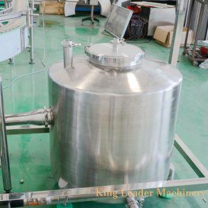 탄산 음료 병에 넣는 생산 공장