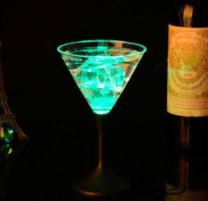 昇進のギフト棒のための明るいLEDの多彩な党/パブ/KTVのワインのコップ