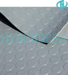 Anti-patinage Type de bouton rond le tapis en caoutchouc noir Prix bon marché