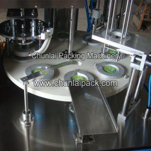 De Vullende en Verzegelende Machine van de vloeibare van de Drank Kop van de Drank