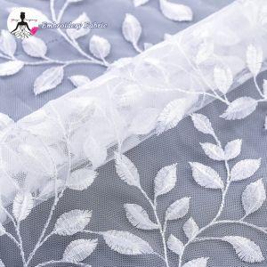 女性服のための販売の葉形の刺繍の網のテュルの上のレース