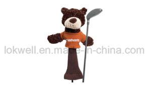 La peluche ha farcito i giocattoli capi del coperchio del driver dei club di golf del leone