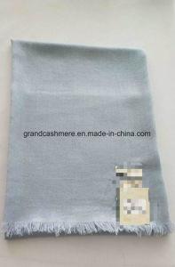 カシミヤ織の明白なガーゼの方法ショール
