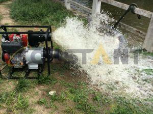 Reacción de la gasolina bomba de agua para riego