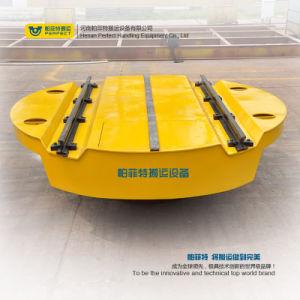 Trasbordatore motorizzato elemento portante degli oneri gravosi delle rotaie trasversali