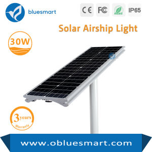 Smart 30W PI65 Tudo em Um candeeiro de rua LED solares