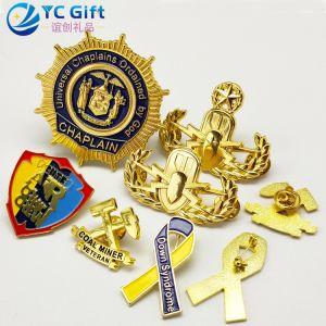 工場カスタム亜鉛合金の金張りは3D紋章賞の軍の軍隊を私達勝たれたロゴの警察ピン学校のスポーツのエナメルの金属のクラフトのバッジ個人化した