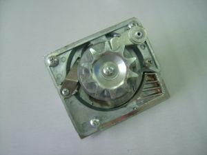 동전 기계화 동전 기계장치하락 를 통하여 (TR148)