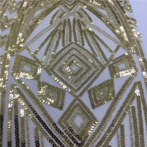 女性の金のウェディングドレスの刺繍されたスパンコールの刺繍の網のレースファブリック
