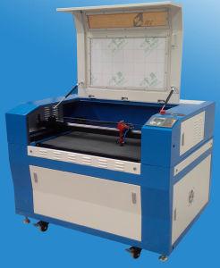 Laser 절단 나무의 High-Precision 이산화탄소 조판공