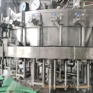 Birra di vetro automatica dell'imbottigliamento che fa la linea di produzione della macchina