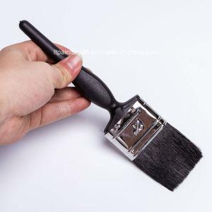 黒いプラスチックハンドルが付いている黒いペットフィラメントの絵筆