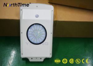 センサーとの屋外のためのDC 12V 6W統合されたLEDの太陽ライト