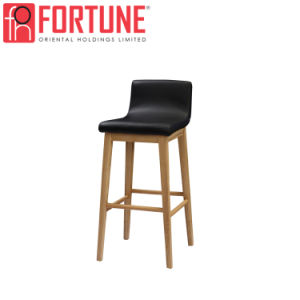Venda por grosso de madeira sólida estrutura do assento de couro Banqueta cadeira (FOH-BCA72)