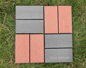 Outdoor PE WPC Decking Board/plastique en bois Composite Decking anti UV