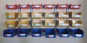 Caixa de armazenamento, trilhos de plástico para os compartimentos (PK011)