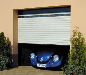 Superiore del portello del garage del rullo