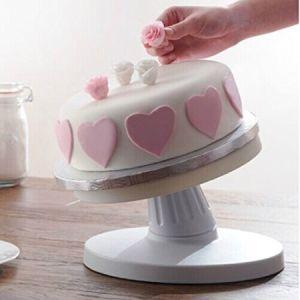 回転盤を飾る調節可能なDIYのケーキ