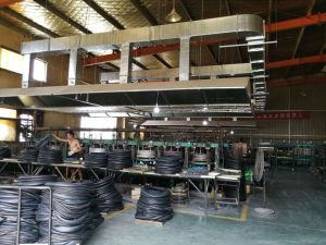 De Vervaardiging van Qingdao Butyl Binnenband van de Motorfiets van 18 Duim (3.00-18) met de Certificatie van ISO