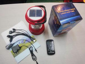 Lanterne solaire portable lanterne rechargeable pour l'extérieur de l'éclairage de Camping avec l'évolution de la Radio Mobile