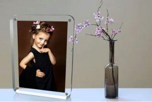 普及した一義的な映像のセクシーな開いた女の子のアクリルのPhotofuniaの写真フレーム