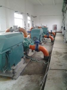 Mineração e bomba industrial para secar