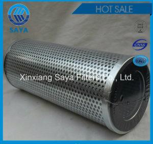 La sustitución del filtro de aceite hidráulico de Plasser