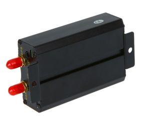 Verschluss des Auto GPS-Verfolger-Tk103A+ Supprt/entsperren die Auto-Tür, Doppel-SIM Karte, der Motor, der vom Echtzeitgleichlauf geschlossen wird