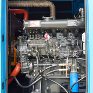 Cummins Engine를 가진 파란 색깔 소리 증거 디젤 엔진 발전기